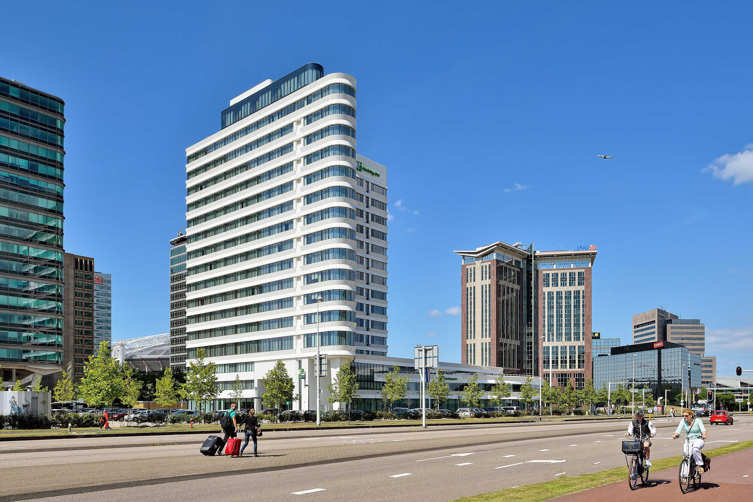Holiday Inn Hotel, Amsterdam - architectuur fotograaf Chiel de Nooyer