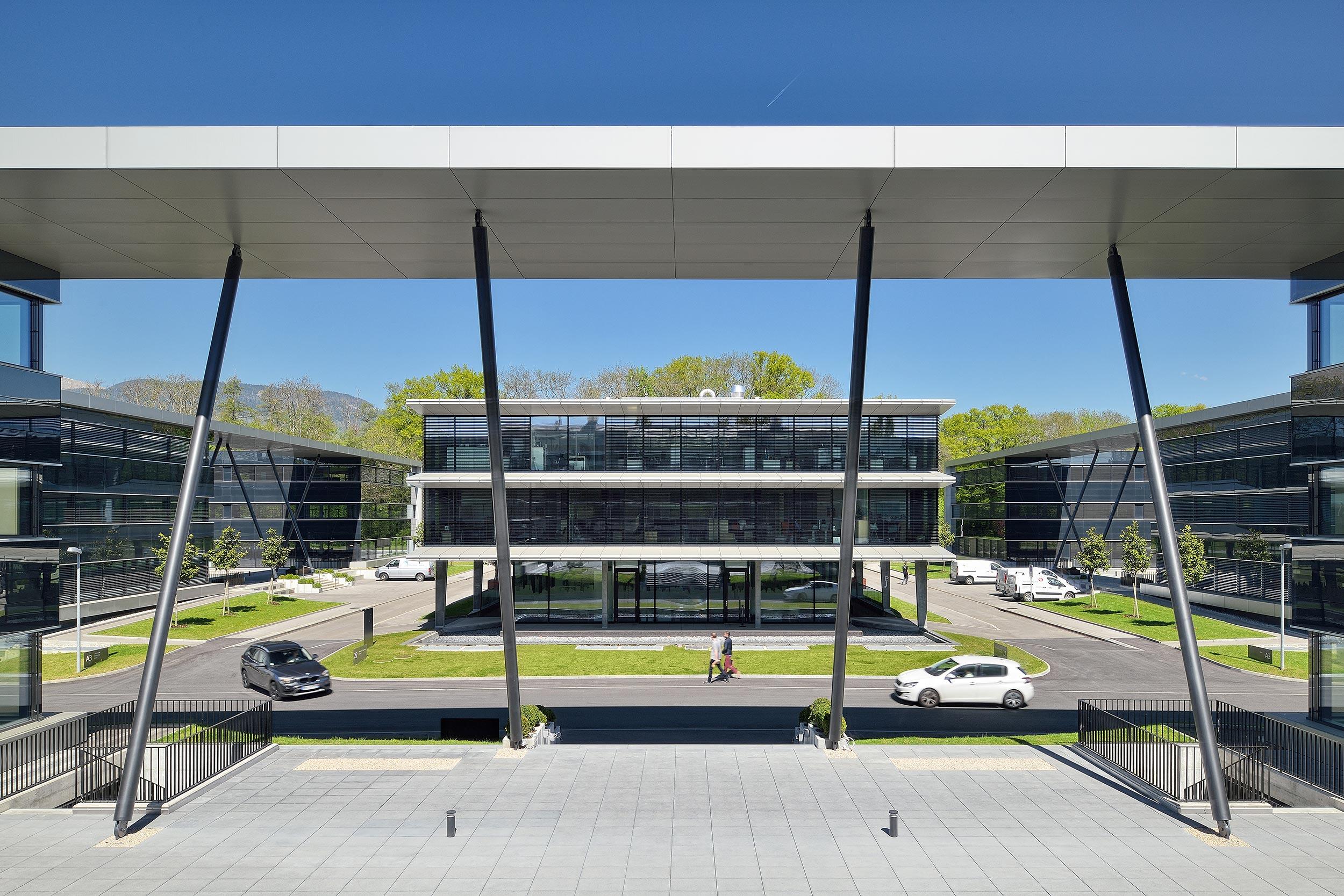 Kantorenpark Terre Bonne Park in Zwitserland - Architectuurfotograaf Chiel de Nooyer