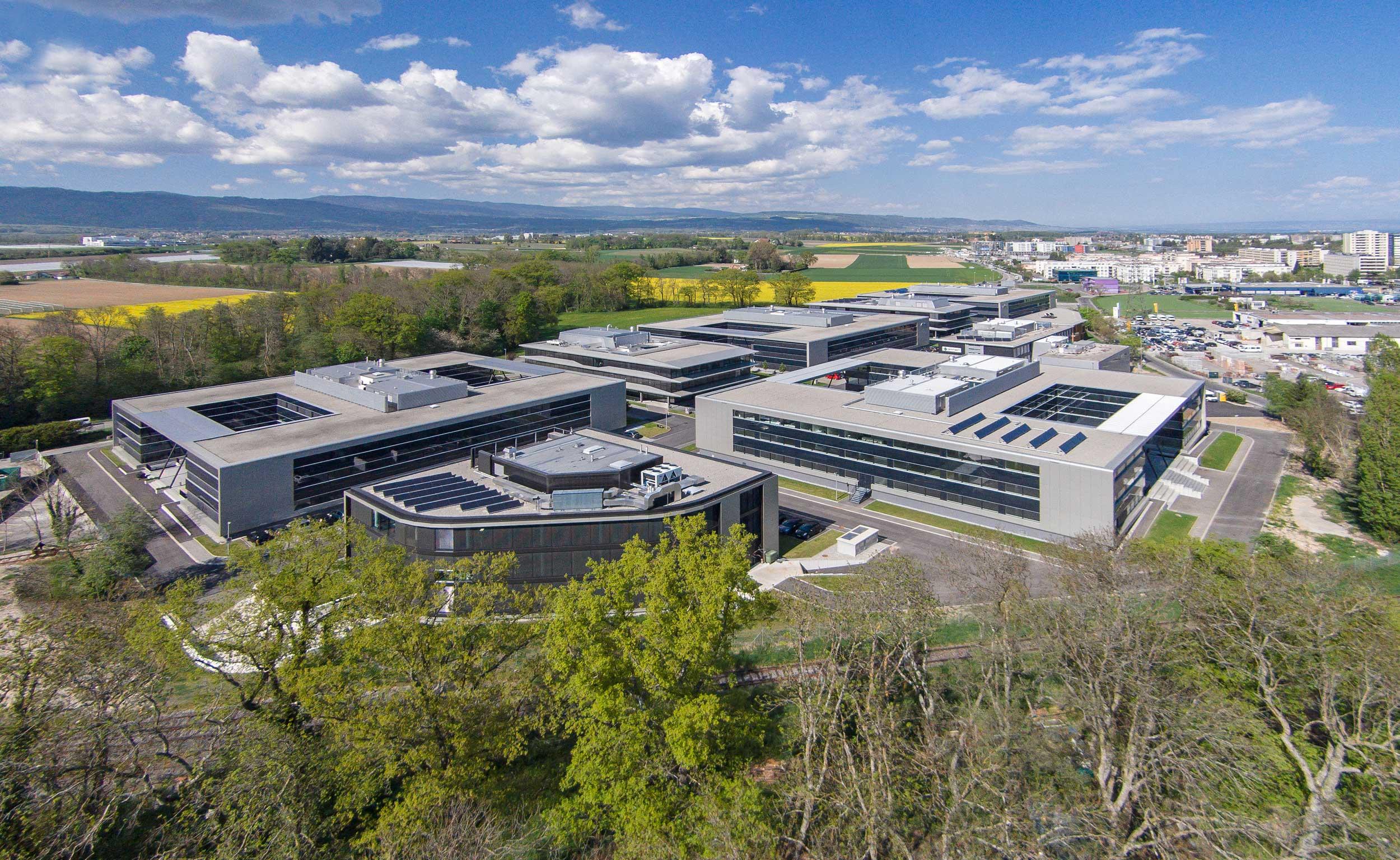 Drone fotografie van Terre Bonne Park in Zwitserland - Architectuurfotograaf Chiel de Nooyer