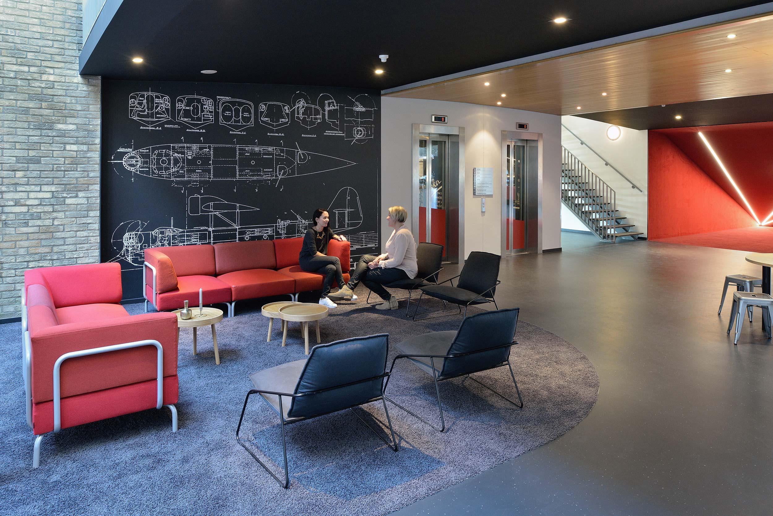 Luchtruim Eindhoven, kantoorgebouw - fotograaf Chiel de Nooyer, interieurfotografie