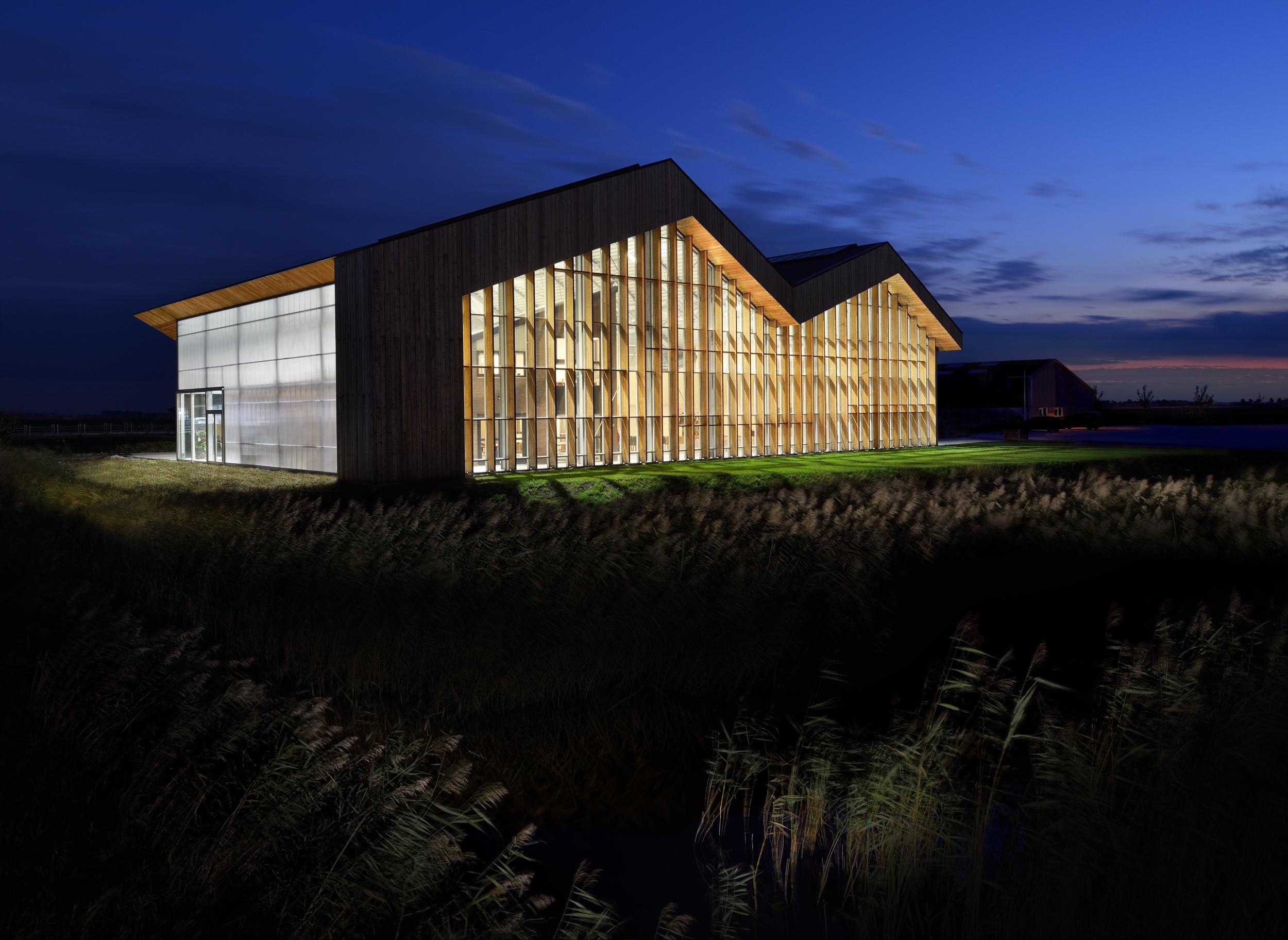 Dairy Campus, Leeuwarden - Arcadis, door Chiel de Nooyer architectuurfotograaf