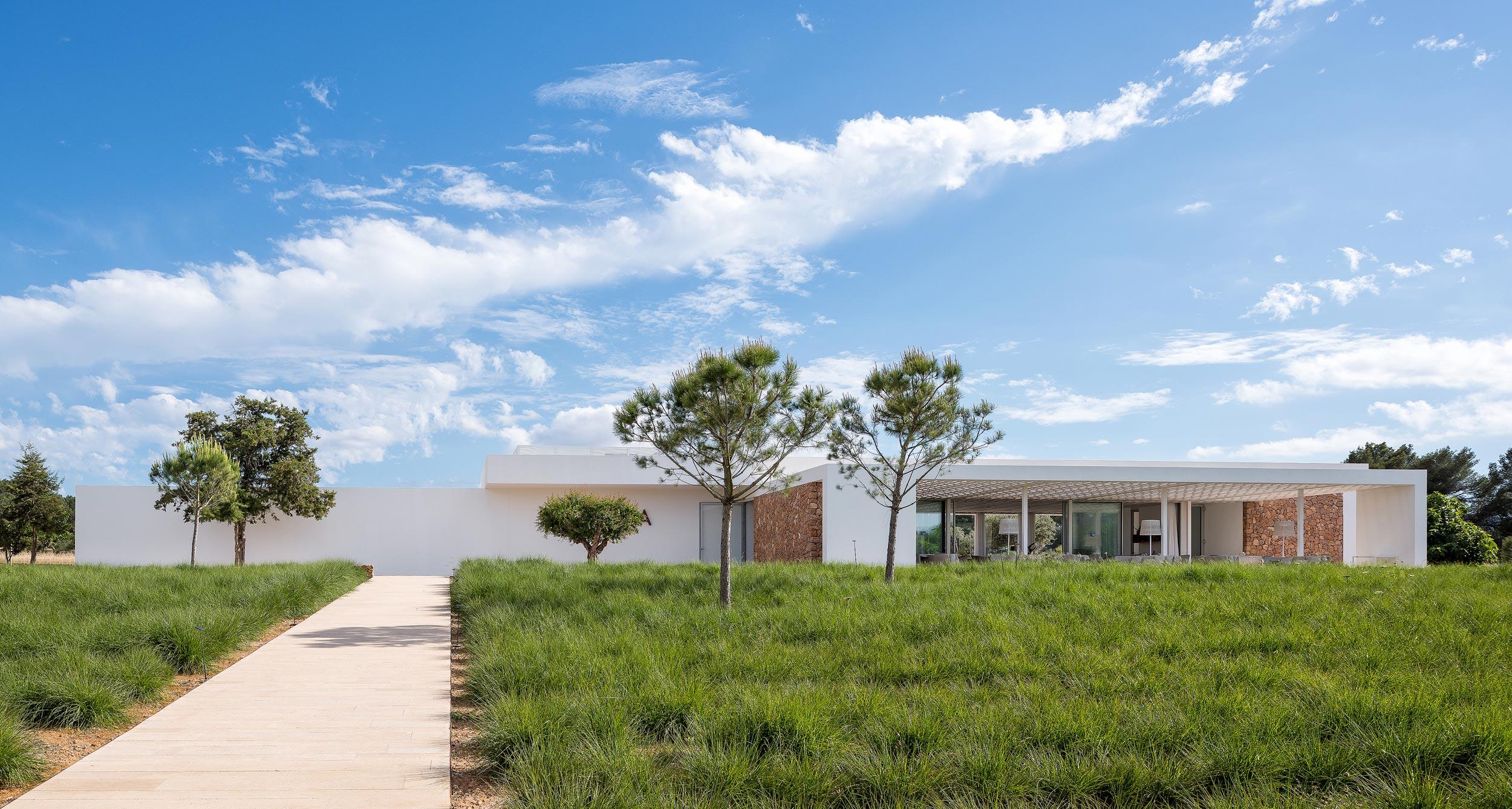 Salvia Ibiza, restaurant photography from Chiel de Nooyer, interior photographer
