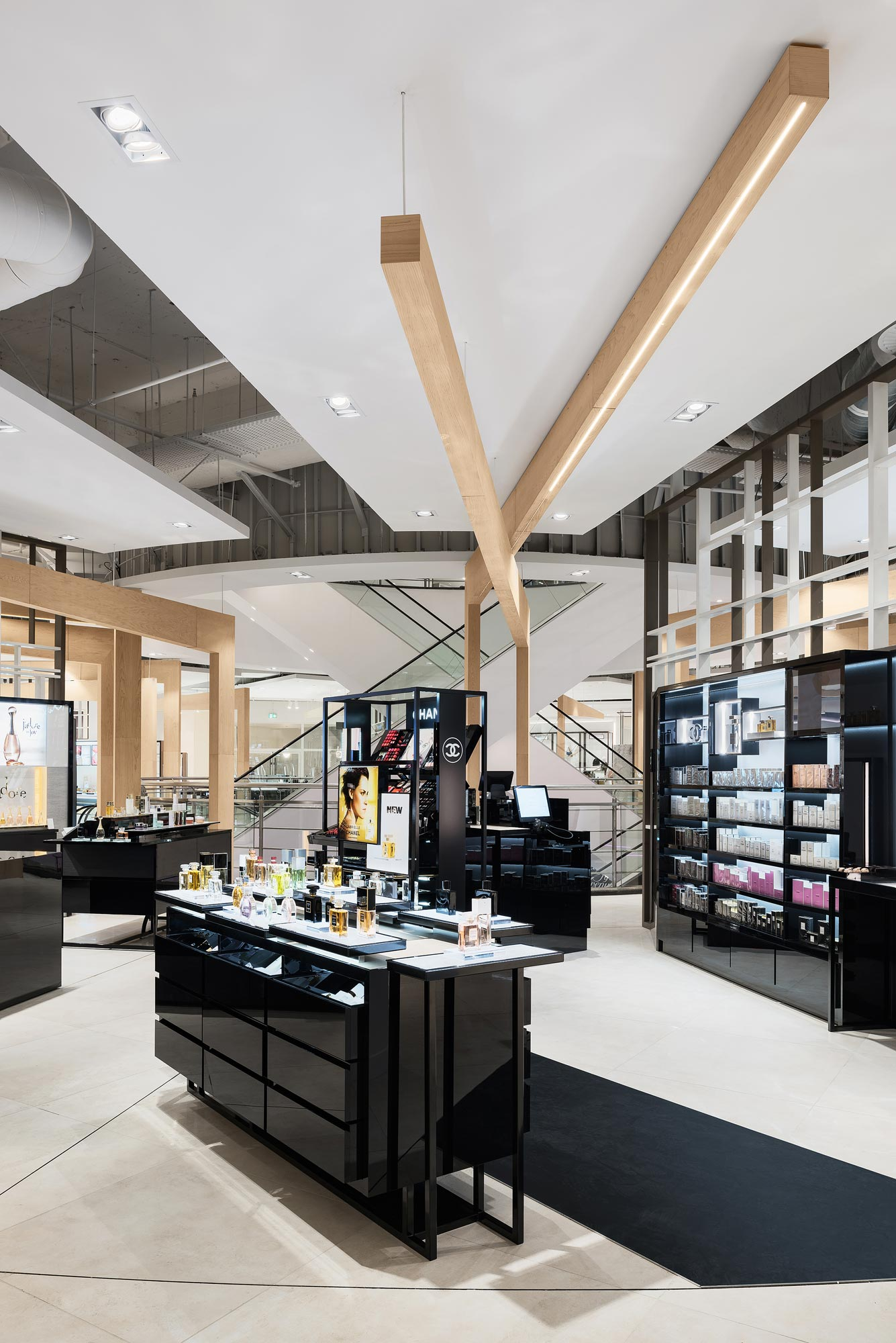 Hudson's Bay, Rotterdam - interieurfotograaf Chiel de Nooyer, fotograaf voor winkel en warenhuis