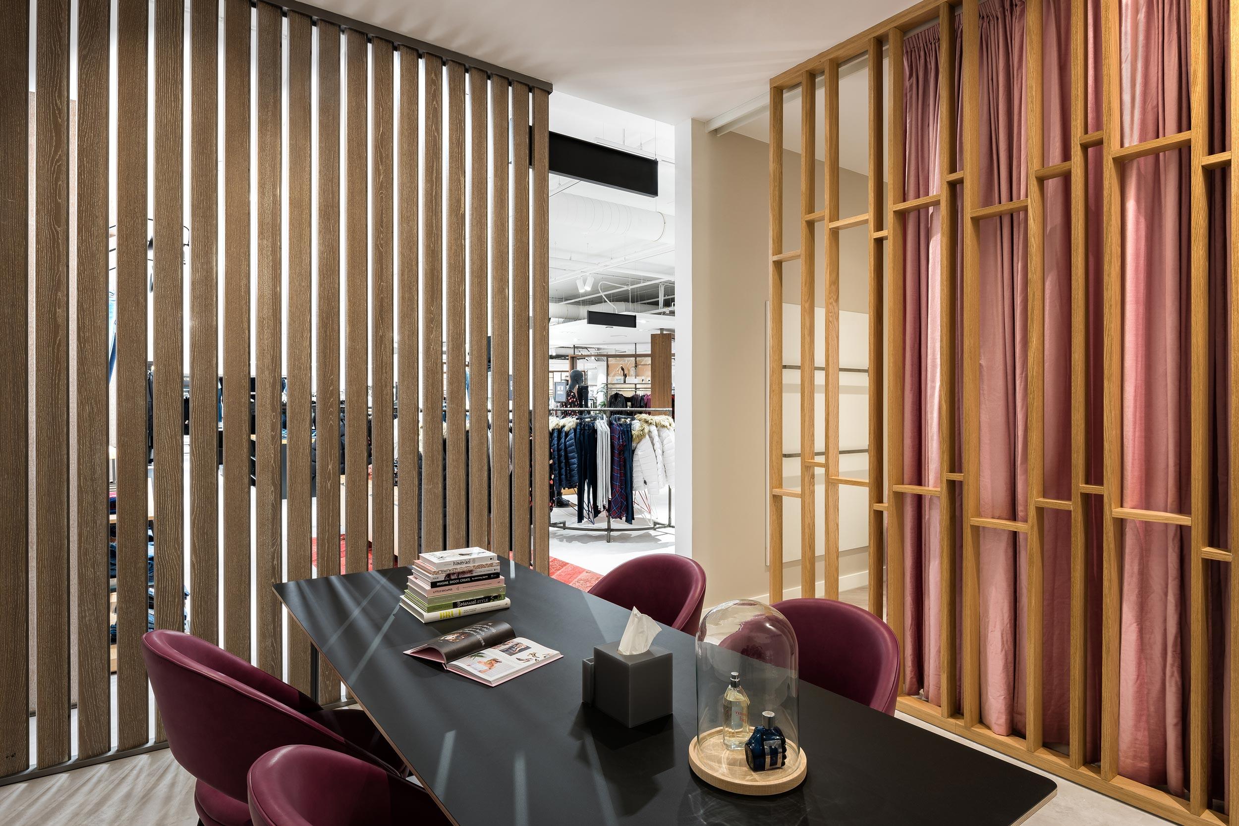 Hudson's Bay Zwolle - fotograaf Chiel de Nooyer voor interieur en architectuur