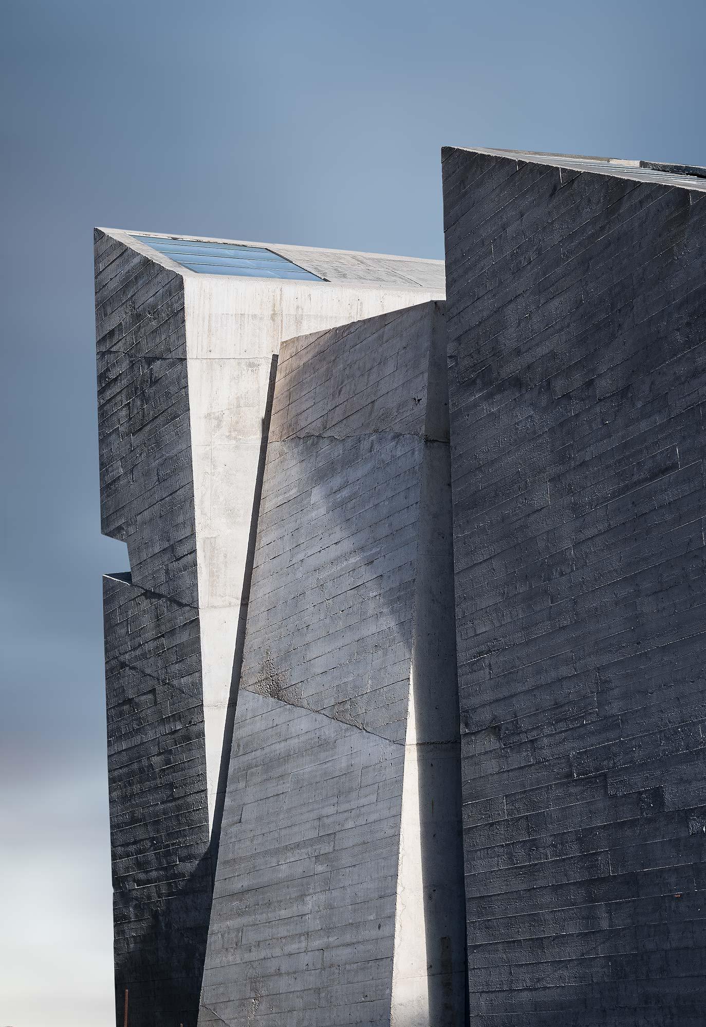 Holy Redeemer Church - Tenerife, Spanje - Architectuurfotograaf Chiel de Nooyer