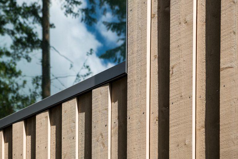 Fotografie van exterieur architectuur details door interieurfotograaf Chiel de Nooyer. Deze nieuwbouw villa staat in Baarn en is ontworpen door Nieuw Nederland Architecten