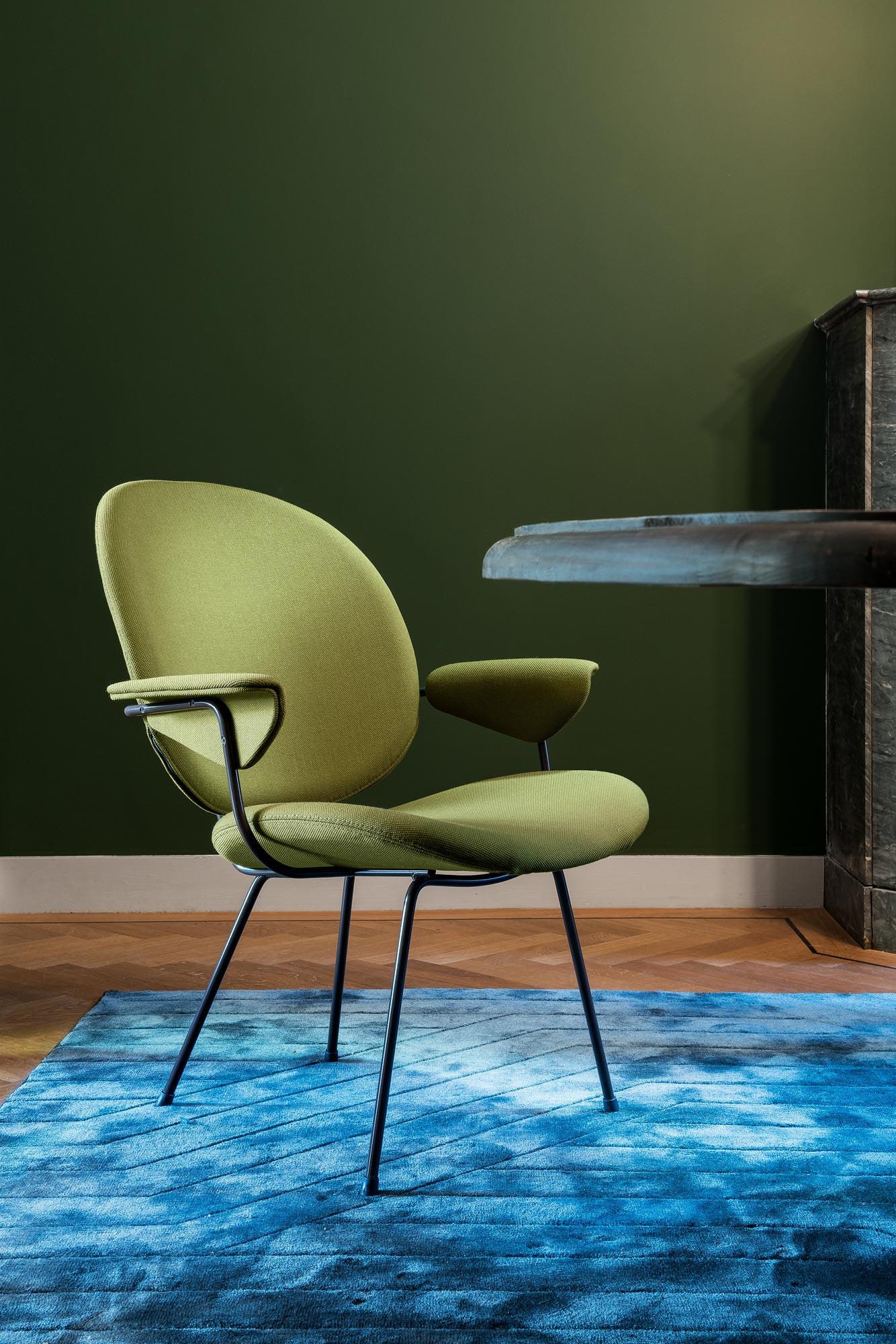 WH Gispen 202 Chair - Interieur fotografie De Rode Hoed Amsterdam. Door Chiel de Nooyer